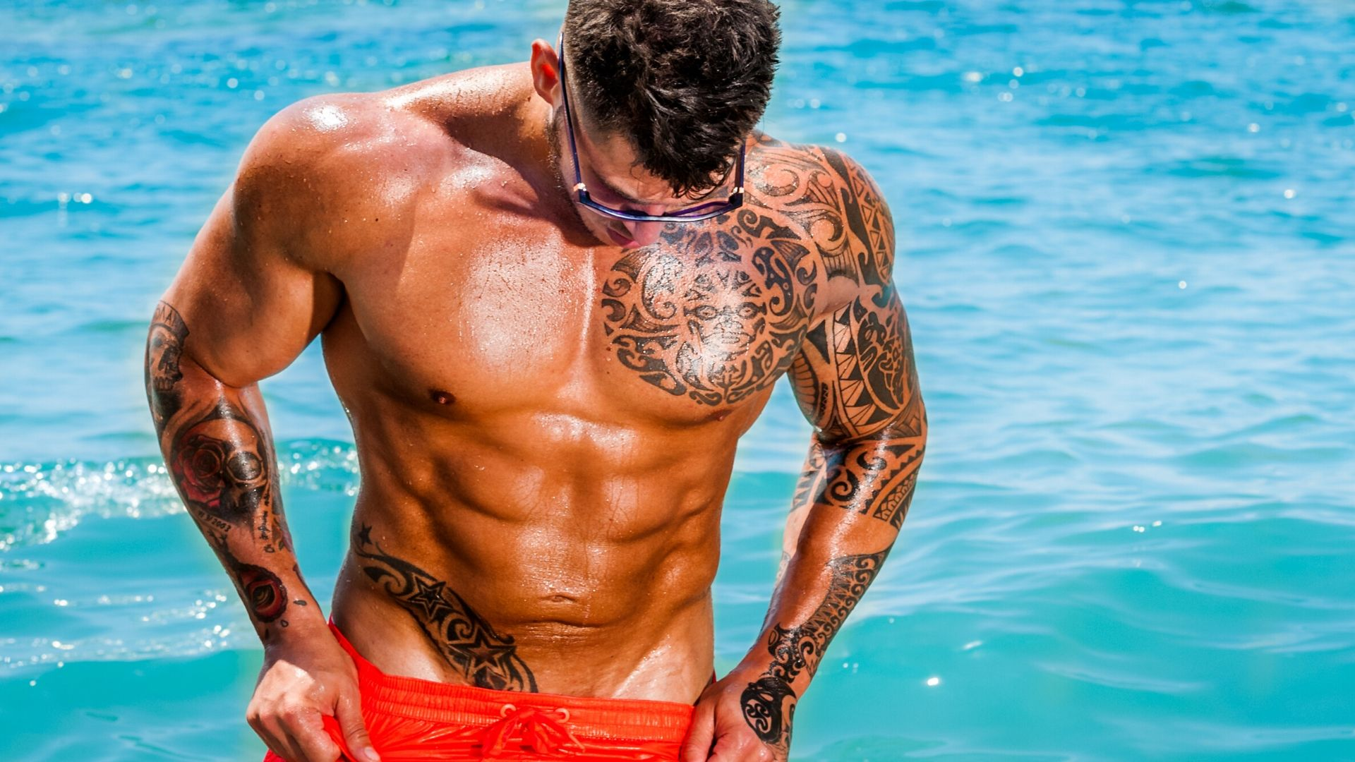 homme tatoué maori